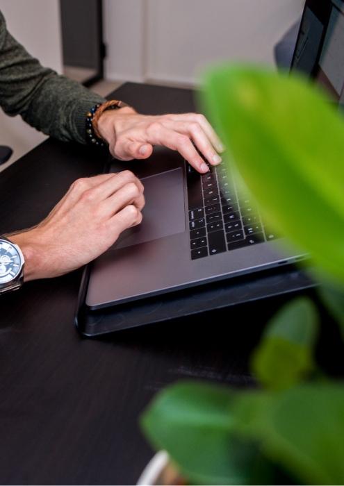 We are connected - websites - code schrijven